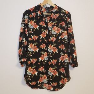 Justify Black Floral Long Sleeve Small Blouse